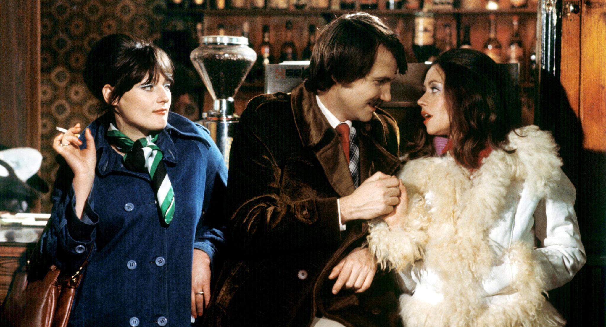 Leichtes Mädchen (Brigitte Swoboda), Karli (Klaus Rott), Helga (Gunda König)