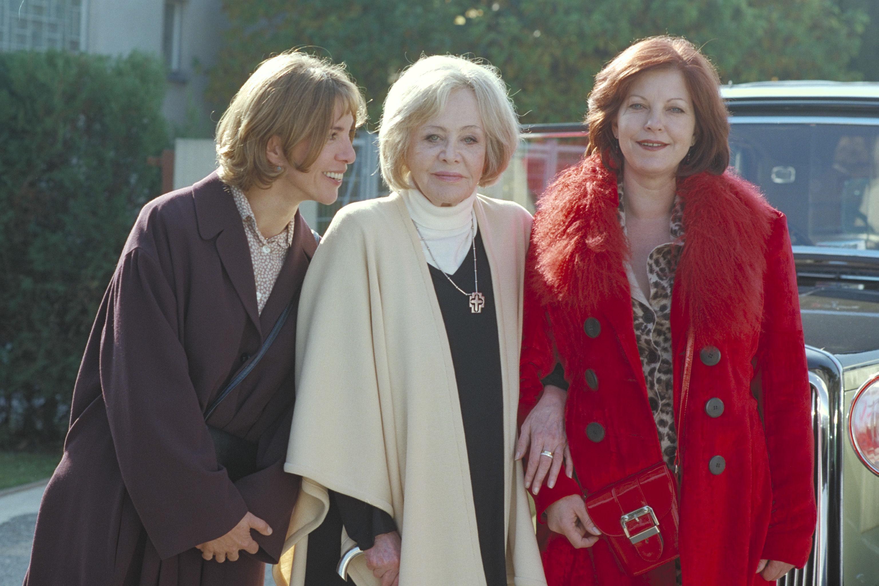 Claudia Kment (Renate), Hildegard Knef (Tante Marlene), Elfi Eschke (Henny)