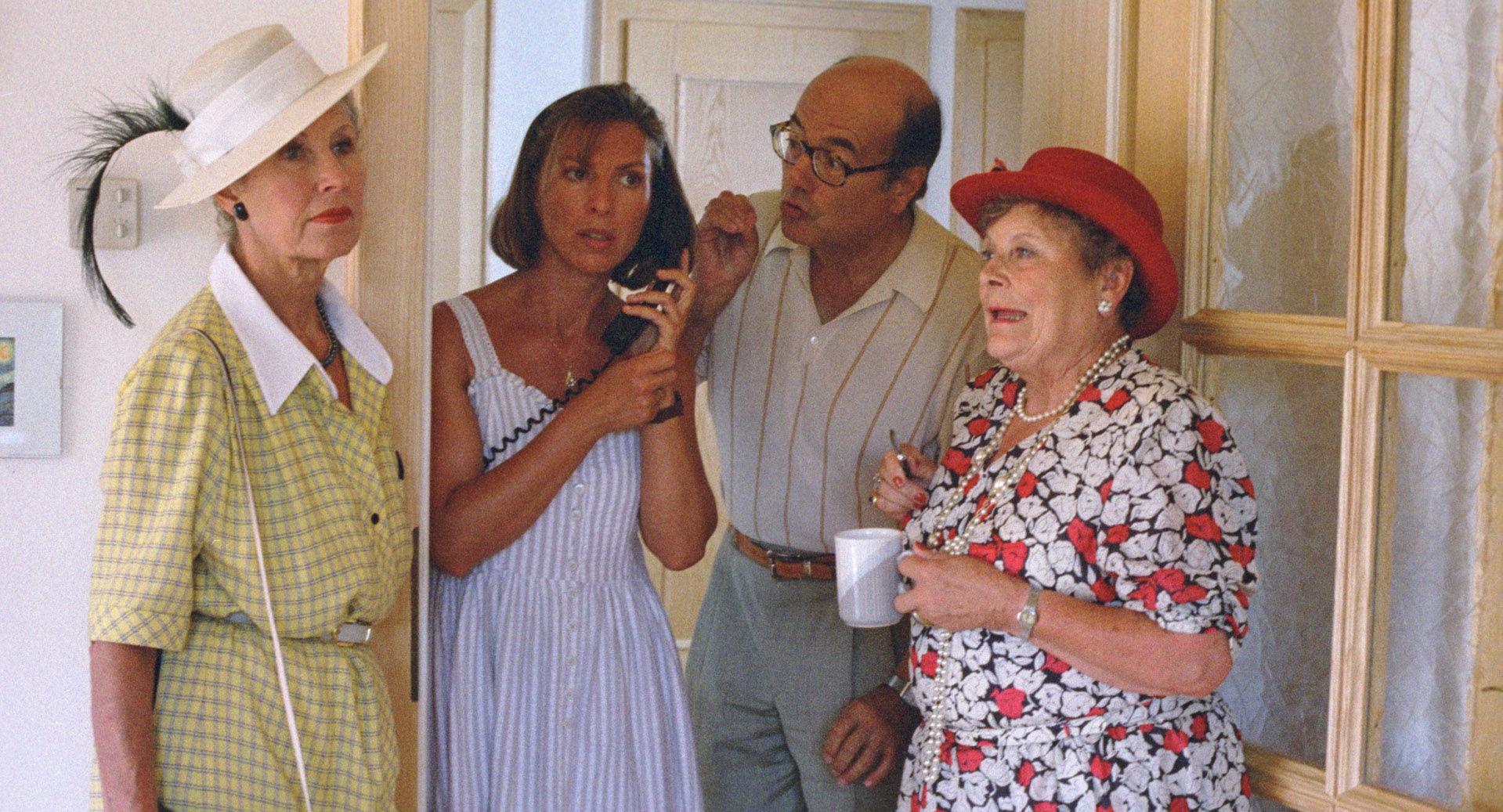 Lotte Ledl (Renates Mutter), Claudia Kment (Sigis Frau - Renate), Peter Fröhlich (Renates Vater), Hilde Sochor (Renates Oma)