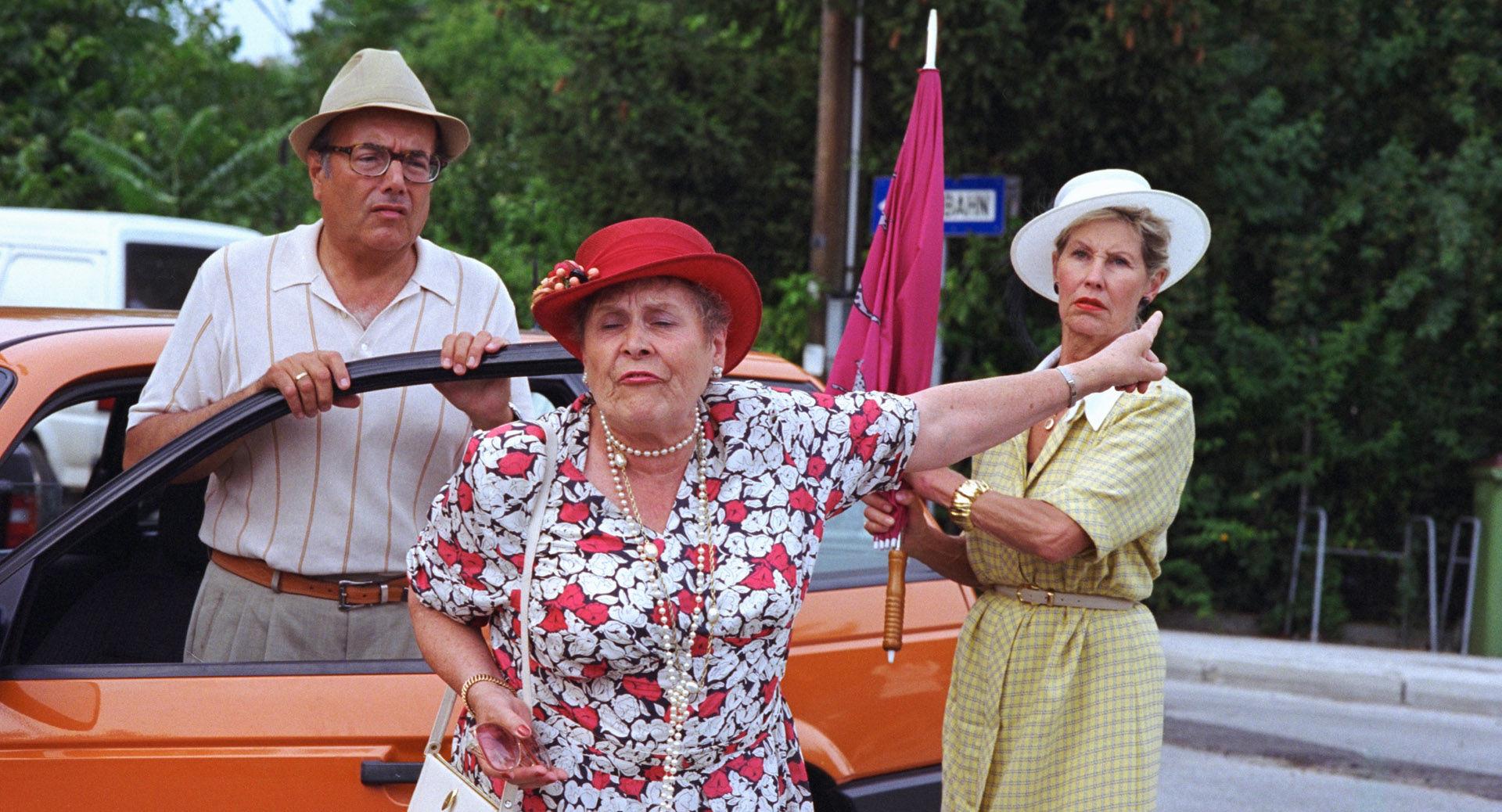 Peter Fröhlich (Vater), Hilde Sochor (Oma), Lotte Ledl (Mutter)