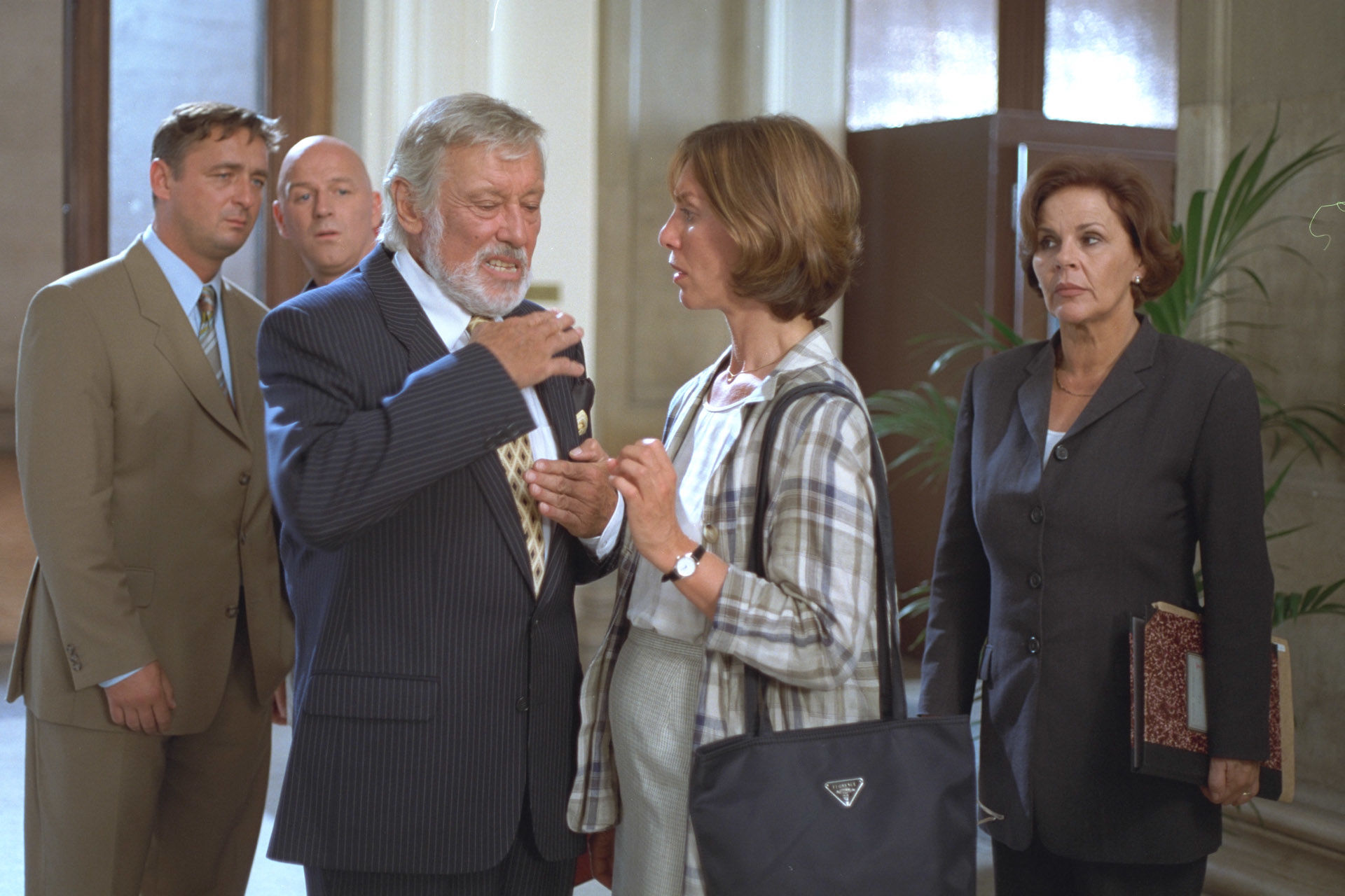 Andreas Vitasek, Alexander Goebel, Dietmar Schönherr (Anwalt), Claudia Kment, Maresa Hörbiger (Richterin)