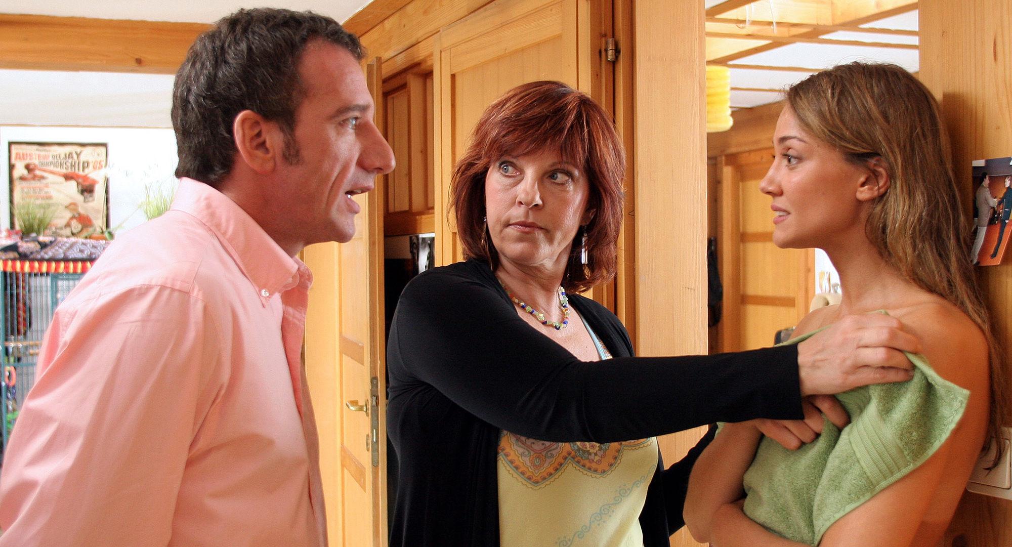 Heio von Stetten (Peter Sommer), Elfi Eschke (Jackie Hecht), Nicole Ennemoser (Maria Hecht)