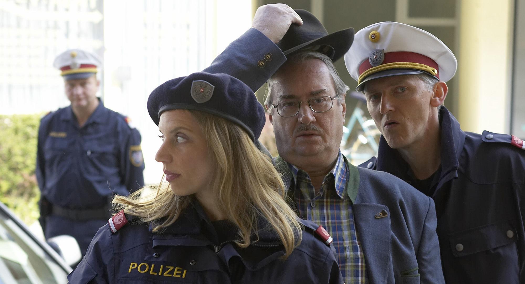 Martina Schwab (Arabella Hürner), Gerhard Zemann (Chefinspektor Zirmgiebel), Manfred Dungl (Traugott Pimpf)