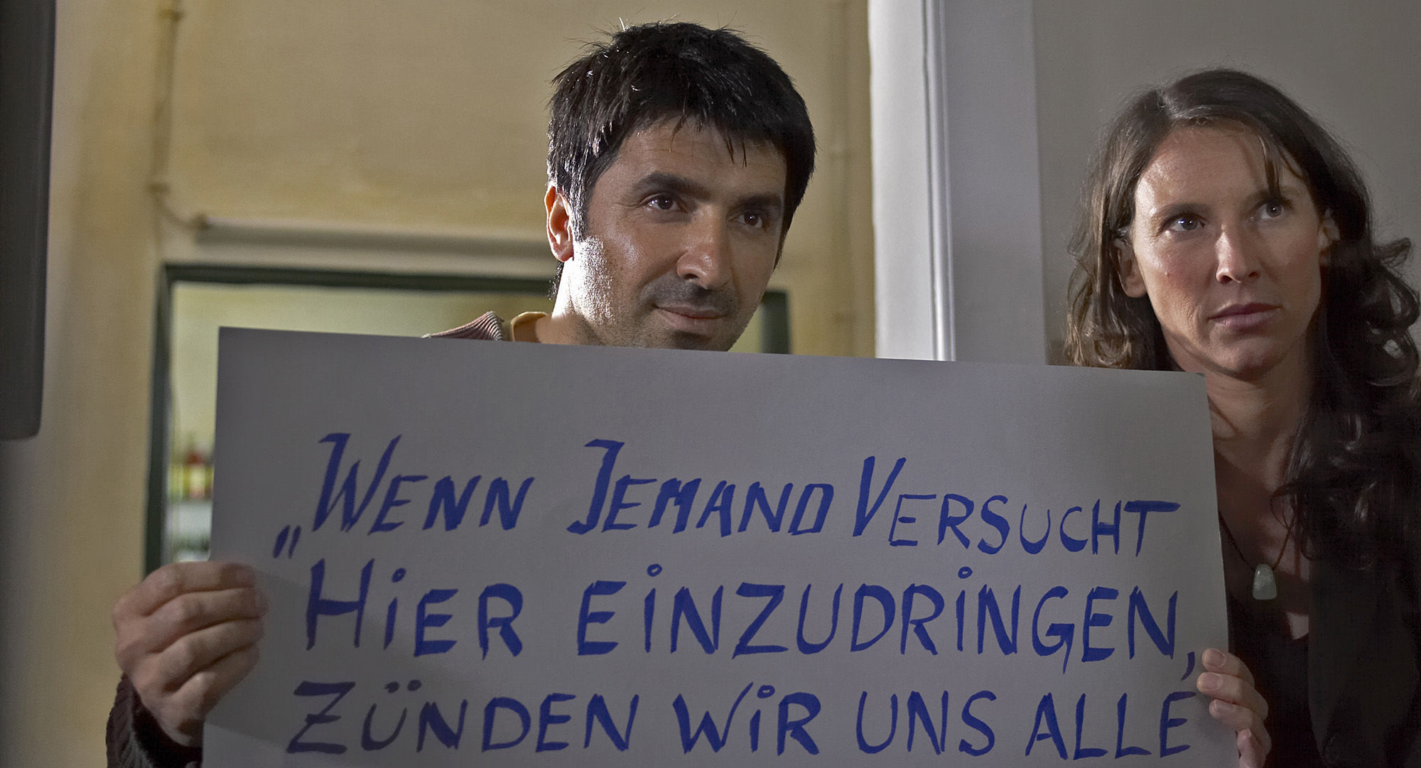 Haydar Zorlu (Seyfy Ülbül),  Maria Köstlinger (Anna Schnabel)