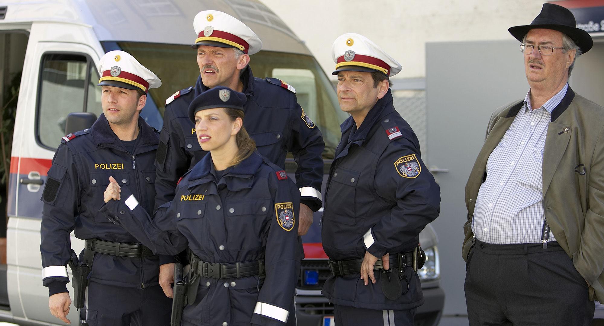 Markus Reisenberger (Ronald Wührer), Manfred Dungl (Traugott Pimpf), Martina Schwab (Arabella Hürner), Andreas Steppan (August Horrowitz), Gerhard Zemann  (Chefinspektor Zirmgiebel)
