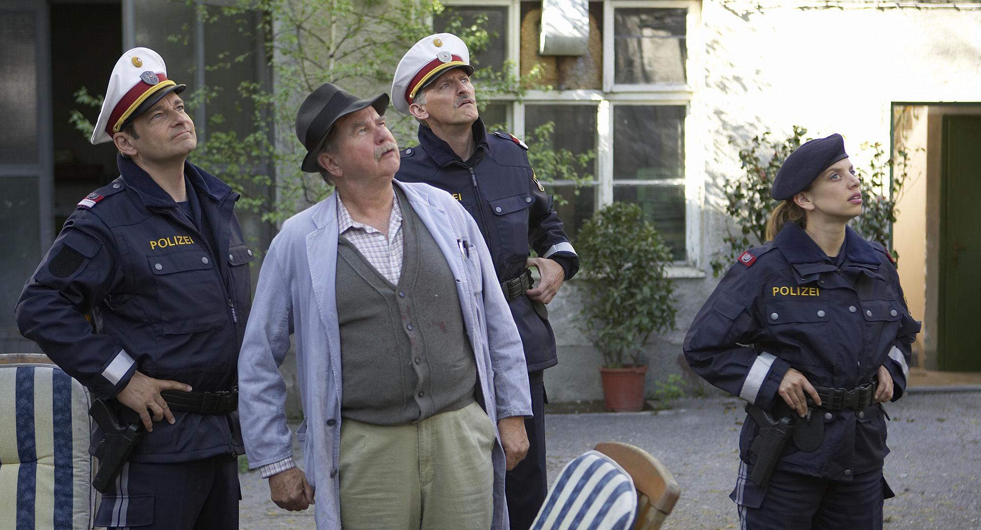 Andreas Steppan (August Horrowitz), Ernst Konarek(Otto Schratt), Manfred Dungl (Traugott Pimpf), Martina Schwab (Arabella Hürner)