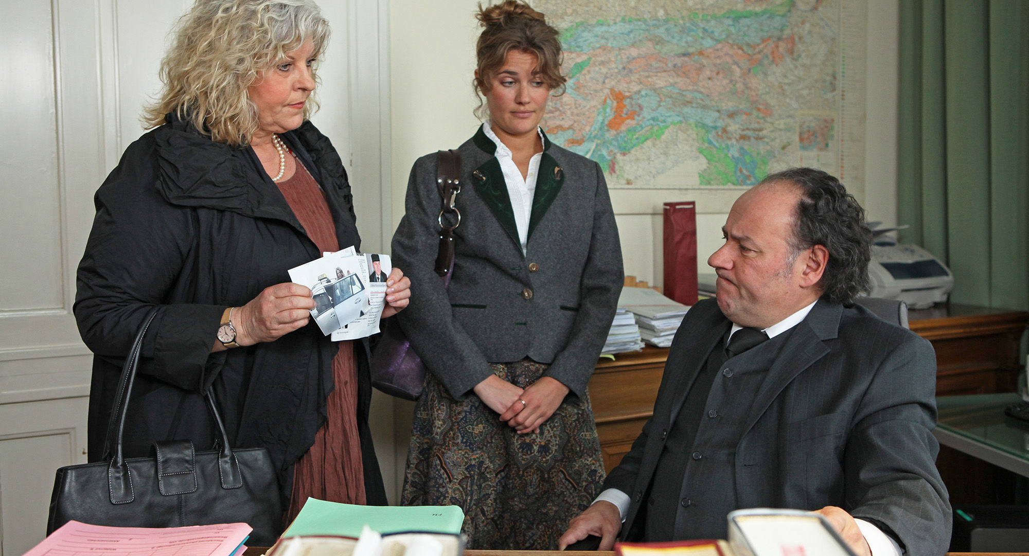 Elfi Eschke (Sarah Horrowitz), Cora Jeannee (Miriam), Christian Weinberger (Dr. Kainroth)