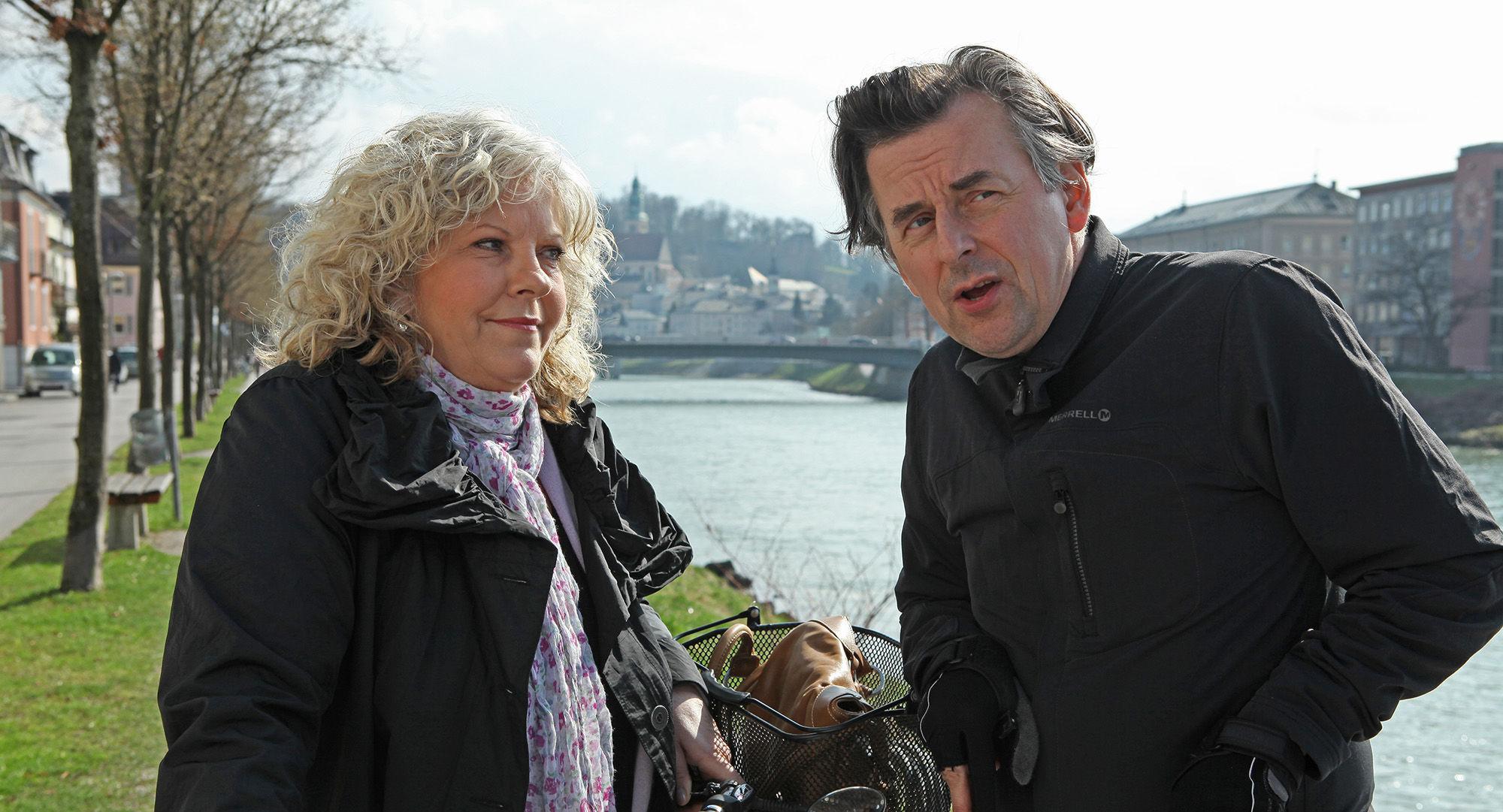 Elfi Eschke (Sarah Horrowitz), Johannes Silberschneider (Reginald Brüller)
