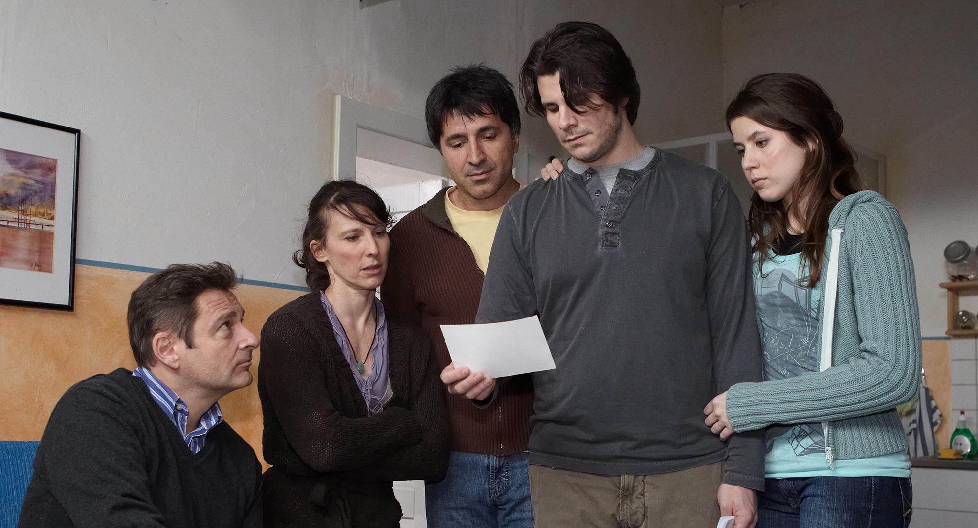 Andreas Steppan (August Horrowitz), Maria Köstlinger (Anna Schnabel), Haydar Zorlu (Seyfi Ülbül), Philip Leenders (James Horrowitz), Nora Heschl (Judith Schnabel)