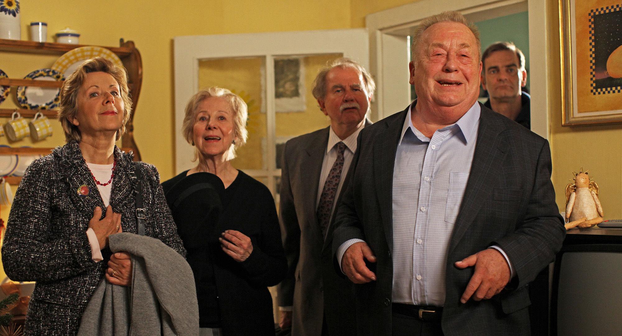 Uschi Wolff (Kerstin Horrowitz), Bibiana Zeller (Hilde Horrowitz), Ernst Konarek (Hausmeister Otto Schratt), Rainer Basedow (Rudolf Horrowitz), Heinrich Schafmeister (Udo Maulhart)