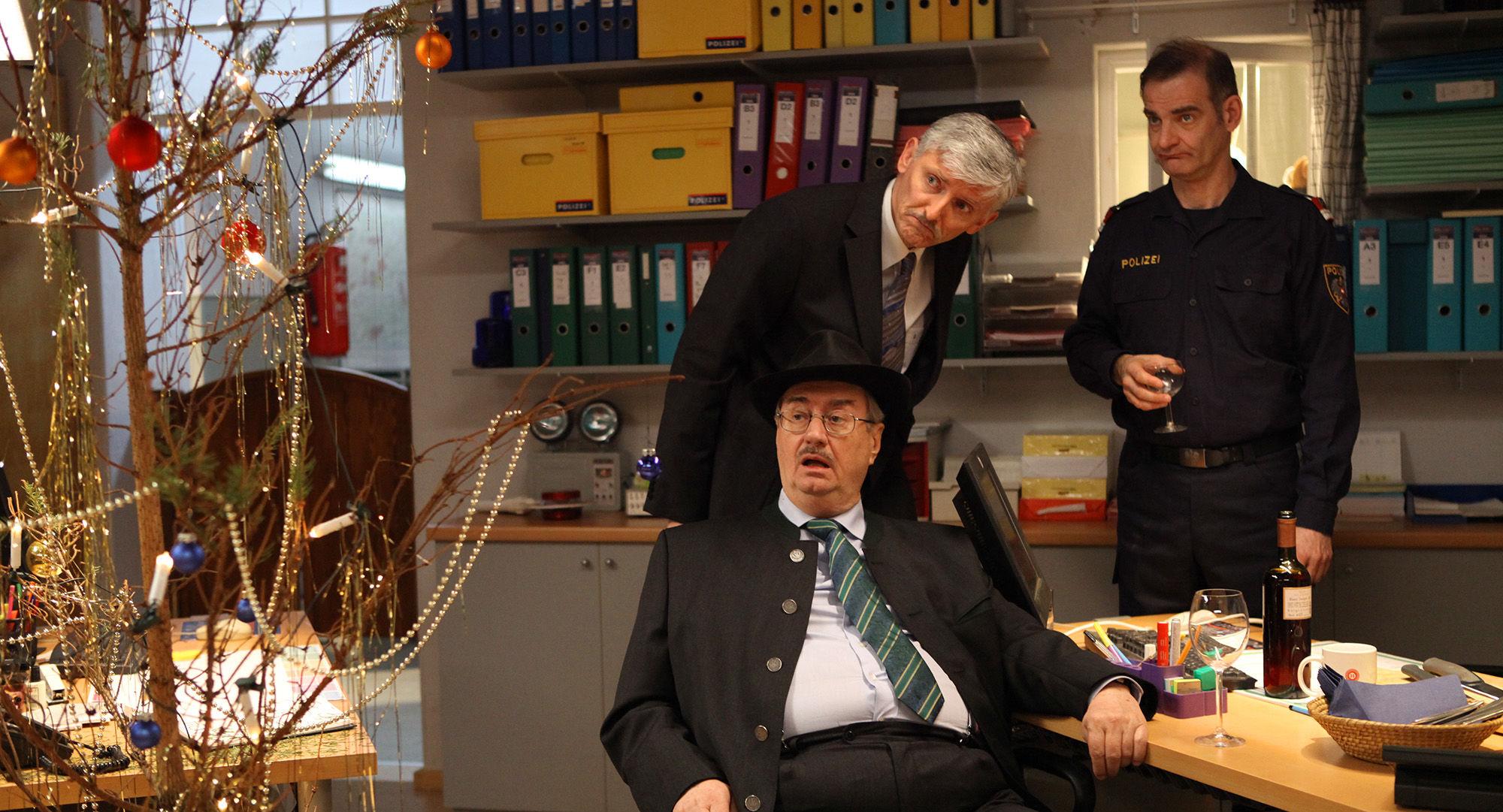 Gerhard Zemann (Chefinspektor Zirmgiebel), Manfred Dungl (Traugott Pimpf), Heinrich Schafmeister (Udo Maulhart)