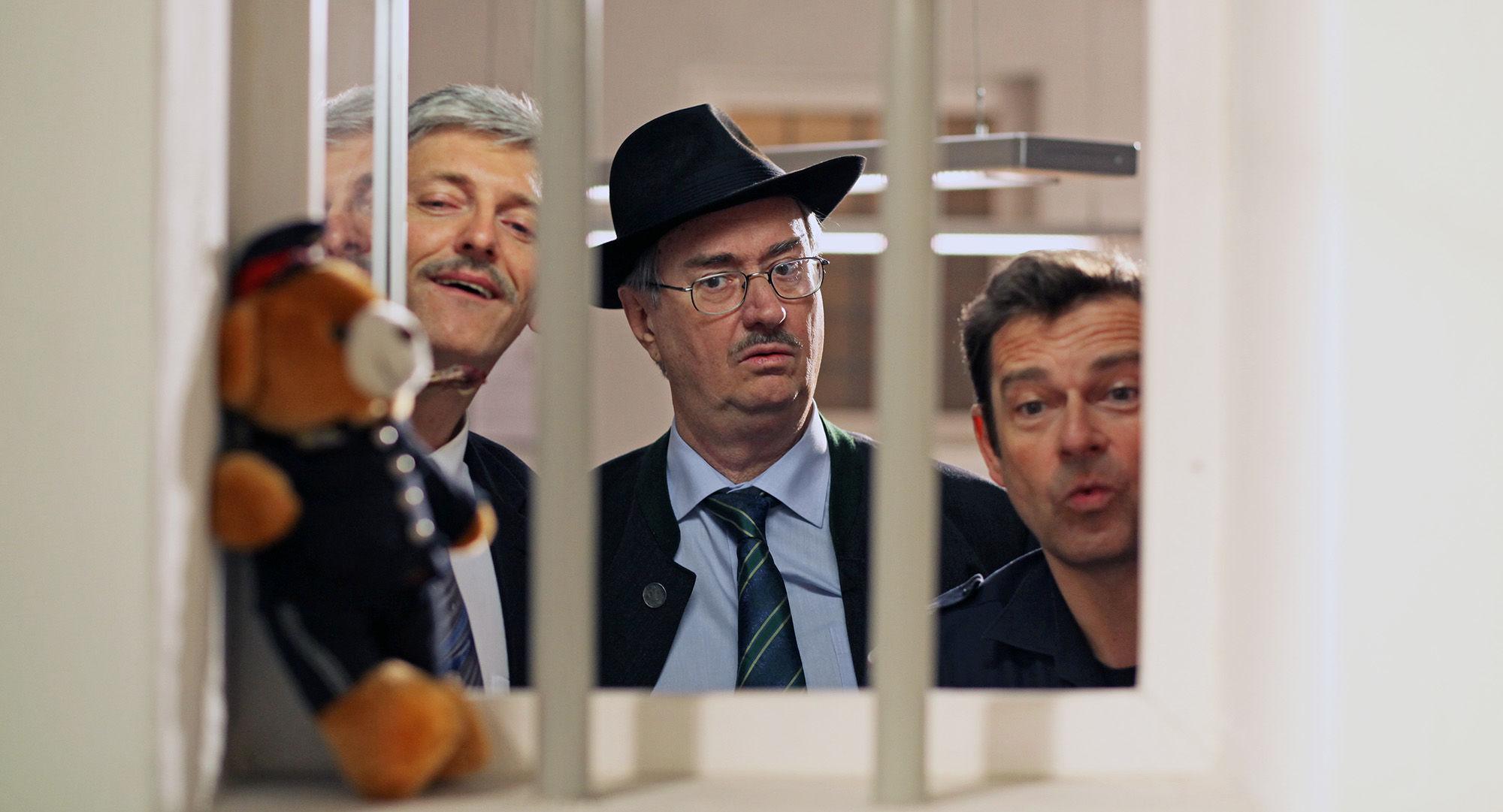 Manfred Dungl (Traugott Pimpf), Gerhard Zemann (Chefinspektor Zirmgiebel), Andreas Steppan (August Horrowitz)